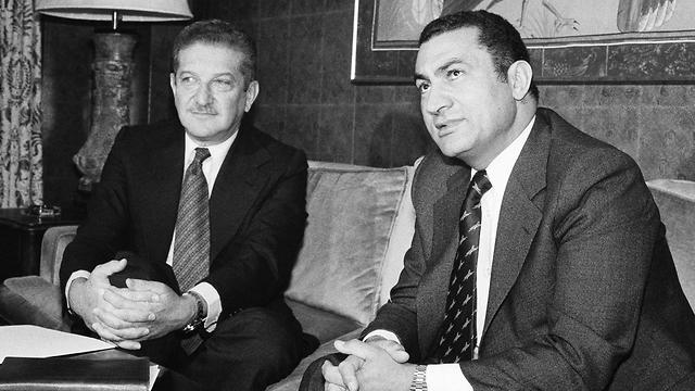 מצרים חוסני מובארק ו עזר וייצמן וושינגטון 1978 (צילום: AP)