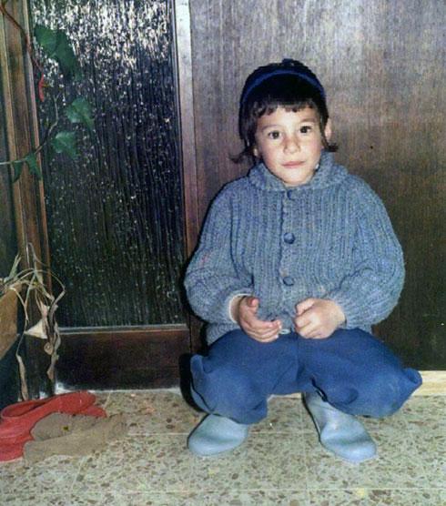 """סגל בילדותו. """"כל הילדים היו יוצאים לשחק, ורק אני ואחי נשארנו בבית הכנסת"""""""