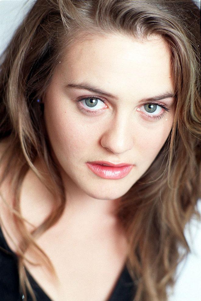 קצת שחקנית וקצת דוגמנית. 1999 (צילום: AP)