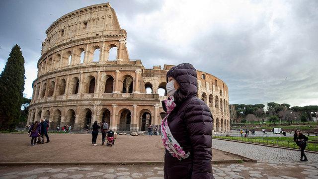 איטליה נגיף קורונה קולוסיאום רומא (צילום: EPA)