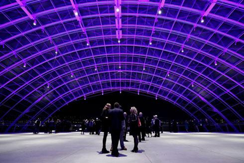 הנוף וקונסטרוקציית ברזל וזכוכית יאפשרו אירועים חגיגיים במיוחד  (צילום: Reuters)