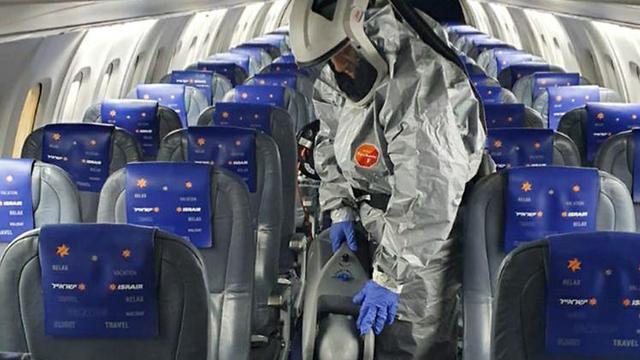 חיטוי מטוסי ישראייר בשל הקורונה ()