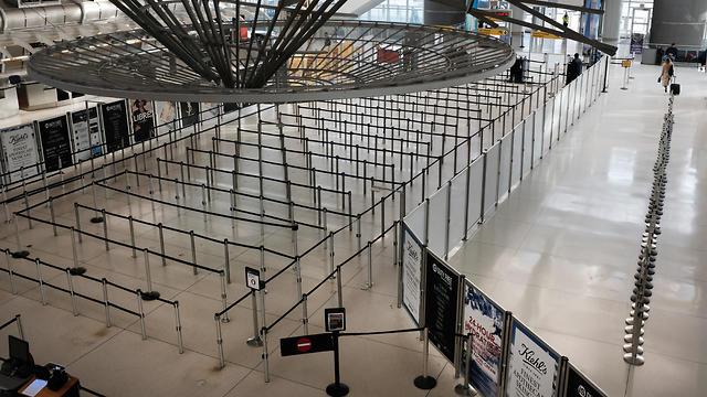 שדה התעופה JFK ריק בגלל הקורונה (צילום: Getty Images)