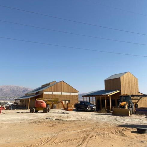 משרד האדריכלים קימל-אשכולות, שמתכנן את הפרויקט, תיעד את התהליך (צילום: קימל אשכולות)