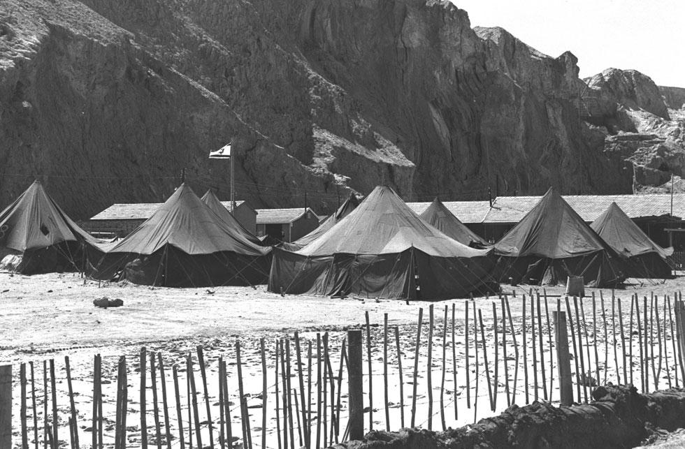 """חלק מהאוהלים של העובדים ישוחזרו, כדי להראות לישראלים את תנאי העבודה של יהודים וערבים, פעם (צילום: משה פרידן, לע""""מ)"""