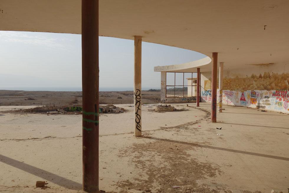 ללמוד מהירדנים איך נראית מסעדה: ''לידו'' בצפון ים המלח רק מידרדרת מאז שהישראלים כאן (צילום: מיכאל יעקובסון)