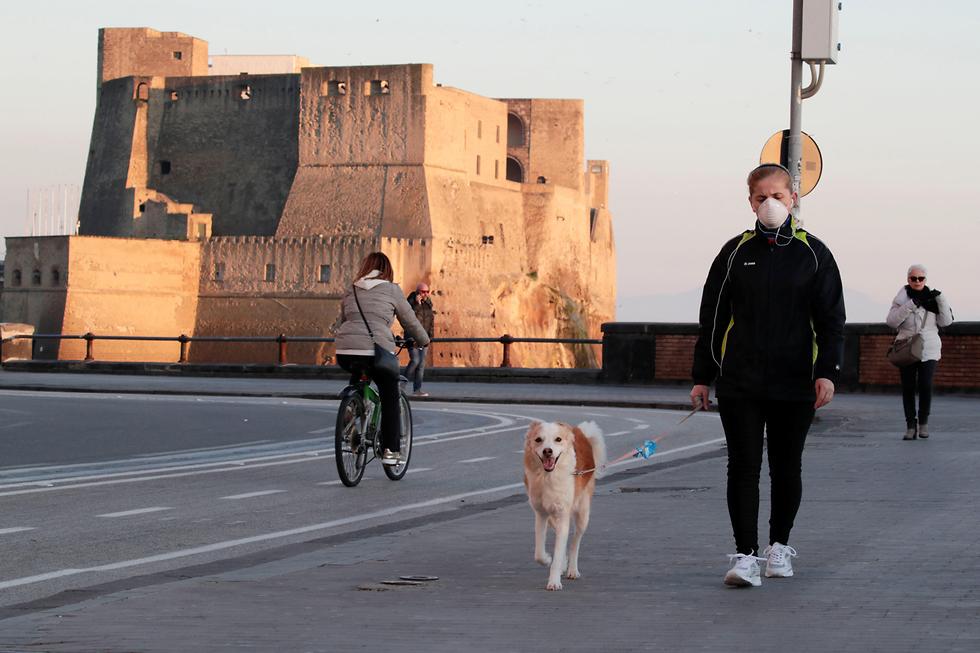 נגיף הקורונה באיטליה, נאפולי  (צילום: רויטרס)