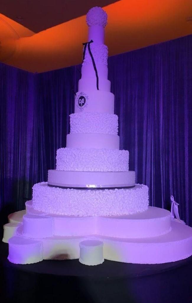 משהו קטן וצנוע: העוגה בחתונה של אייל ודניאל