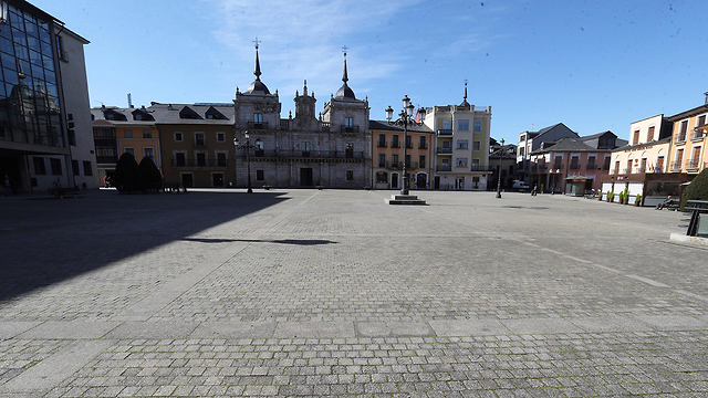 רחובות ריקים מדריד ספרד סגר נגיף קורונה (צילום: EPA)