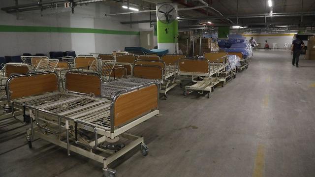 מרכז הרפואי שיבא מקים מתחם ייעודי לטיפול נמרץ ומוגבר בחולים מונשמים (צילום: נדב אבס ושאול גולן)