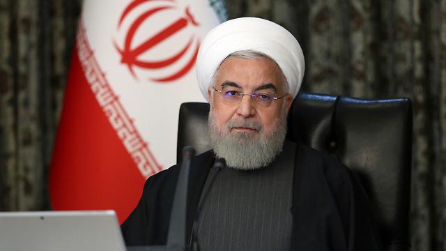 איראן נגיף קורונה נשיא חסן רוחאני ישיבת ממשלה (צילום: AP, Office of the Iranian Presidency)