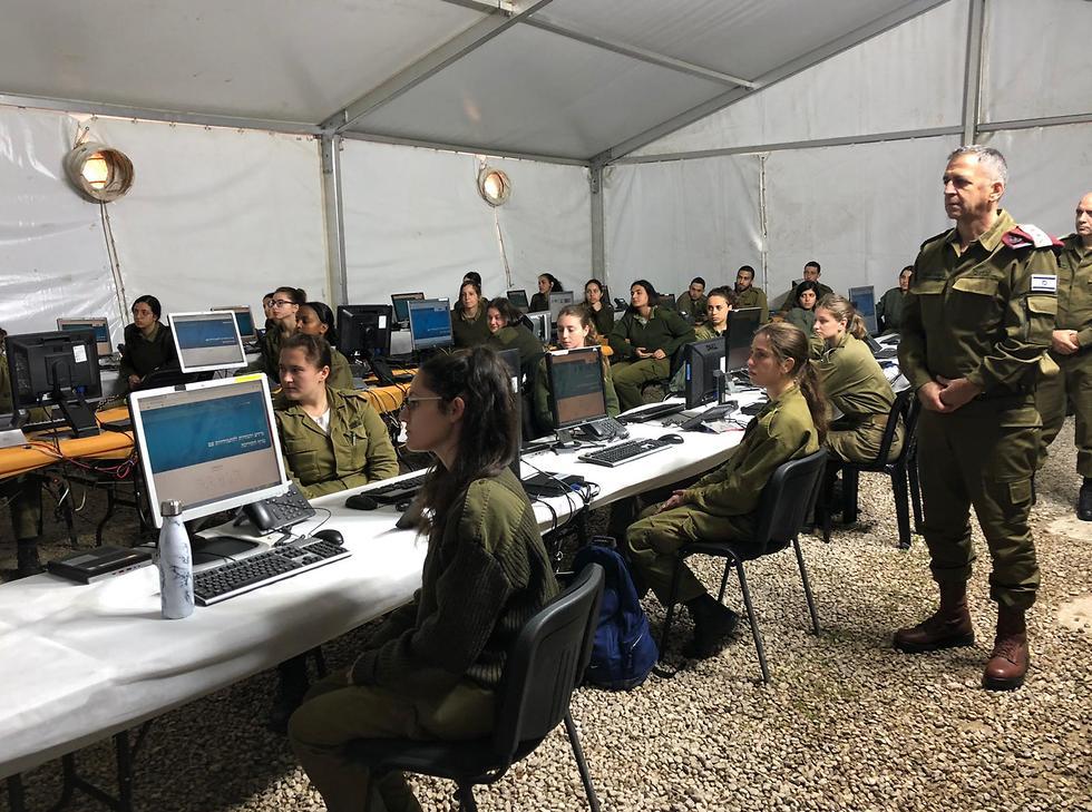 Армия подключится к обеспечению карантина. Фото: пресс-служба армии