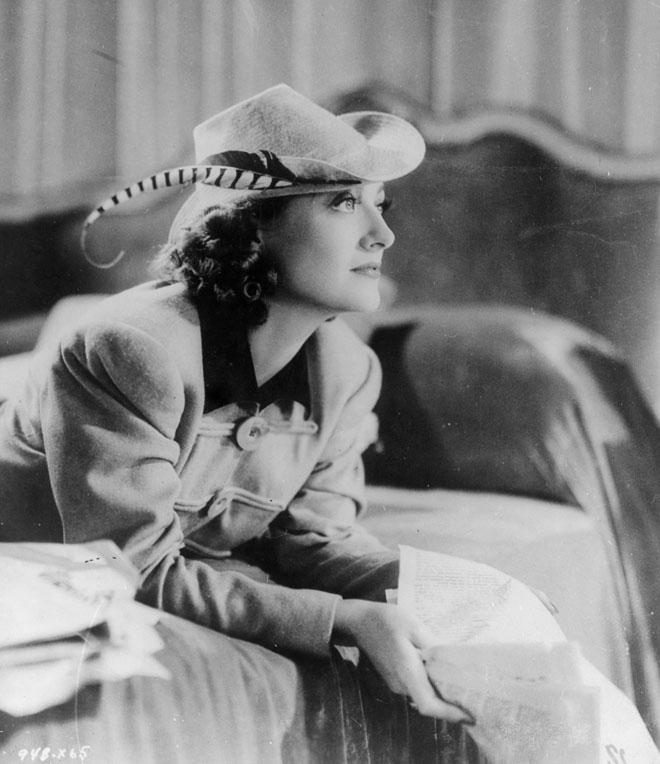 """אמרו עליה ש""""היא שכבה עם כל הכוכבים של אולפני MGM מלבד לאסי"""". 1940 (צילום: General Photographic Agency/GettyimagesIL)"""