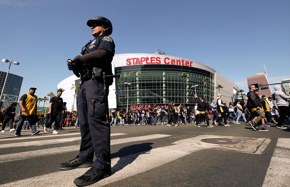 סטייפלס סנטר (צילום: AP)