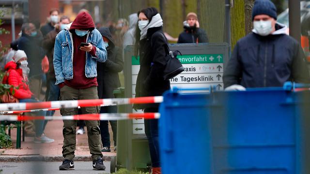 רחובות ריקים בגלל הסגר, נגיף הקורונה בברלין, גרמניה (צילום: AFP)