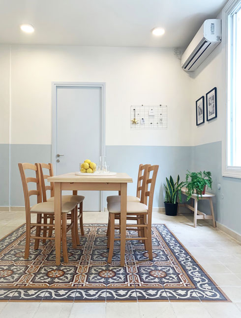 חדר אוכל משותף ומואר מעודד תחושה של עצמאות (צילום: יוליה ריידר)