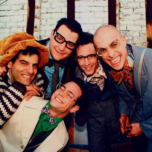 פרטנר TV  הרימו את הכפפה. 'הקומדי סטור',  מודל שנות ה־90