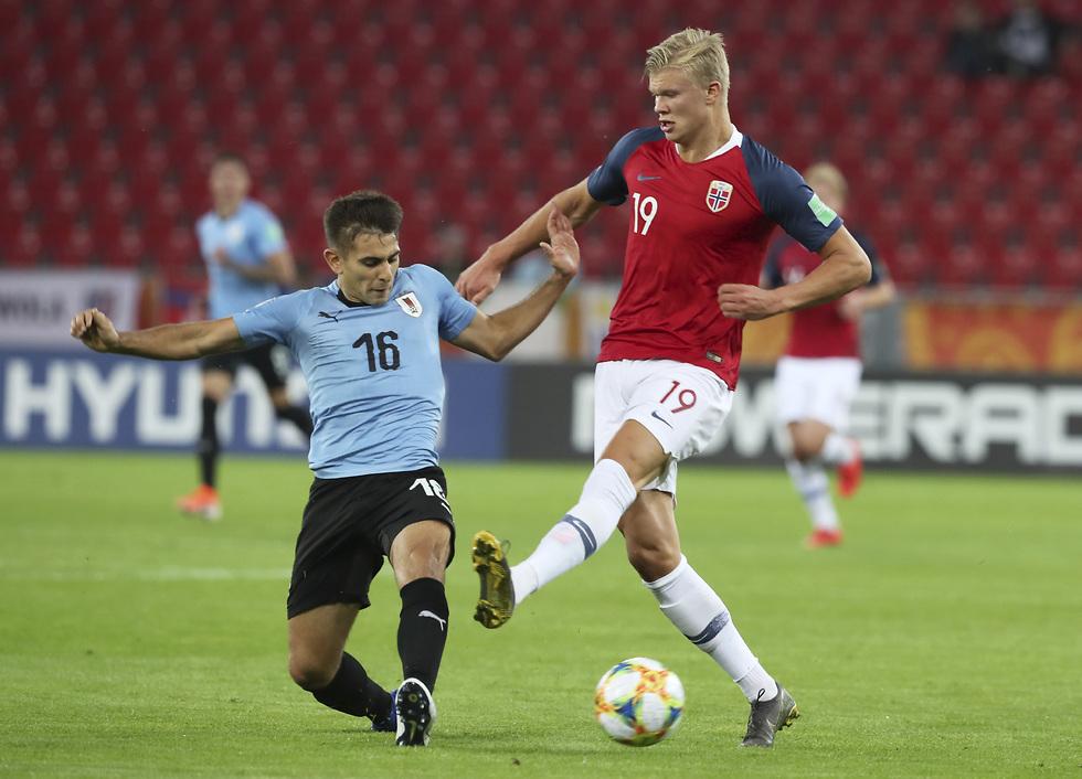 ארלינג הלאנד בנבחרת הצעירה של נורבגיה (צילום: AP)