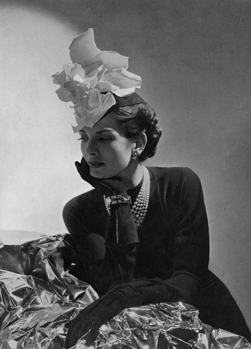 עיצוב של בלנסיאגה מ-1938 (צילום: AP)