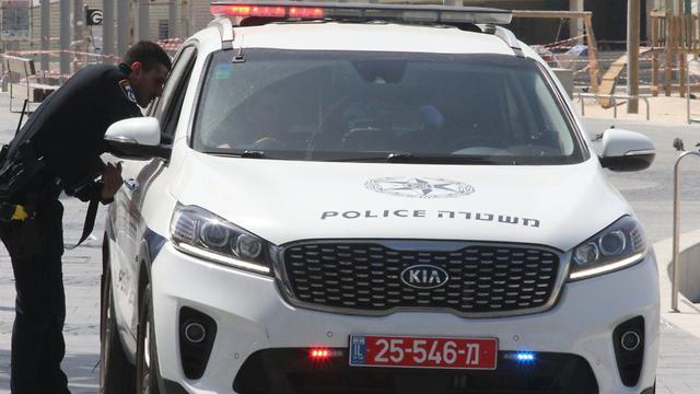 Полиция перекрыла проезд в районе набережной Тель-Авива. Фото: Моти Кимхи