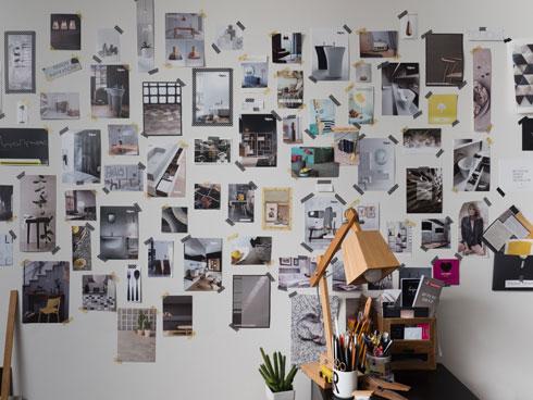 """קיר ההשראה של רויטל רודצקי (צילום: מאיה חבקין, מתוך הספר """"פינה משלך"""")"""