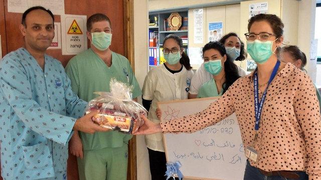 חולה הקורונה הקשה הראשון שוחרר מבית החולים פוריה (צילום: דוברות המרכז הרפואי פדה פוריה)