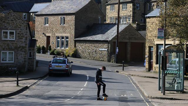 איאם המגפה השחורה כפר המגפה אנגליה (צילום: AFP)