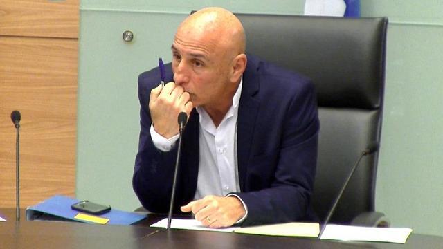 חברי הוועדה המיוחדת של הקורונה ללא מסכות (צילום: ערוץ כנסת)