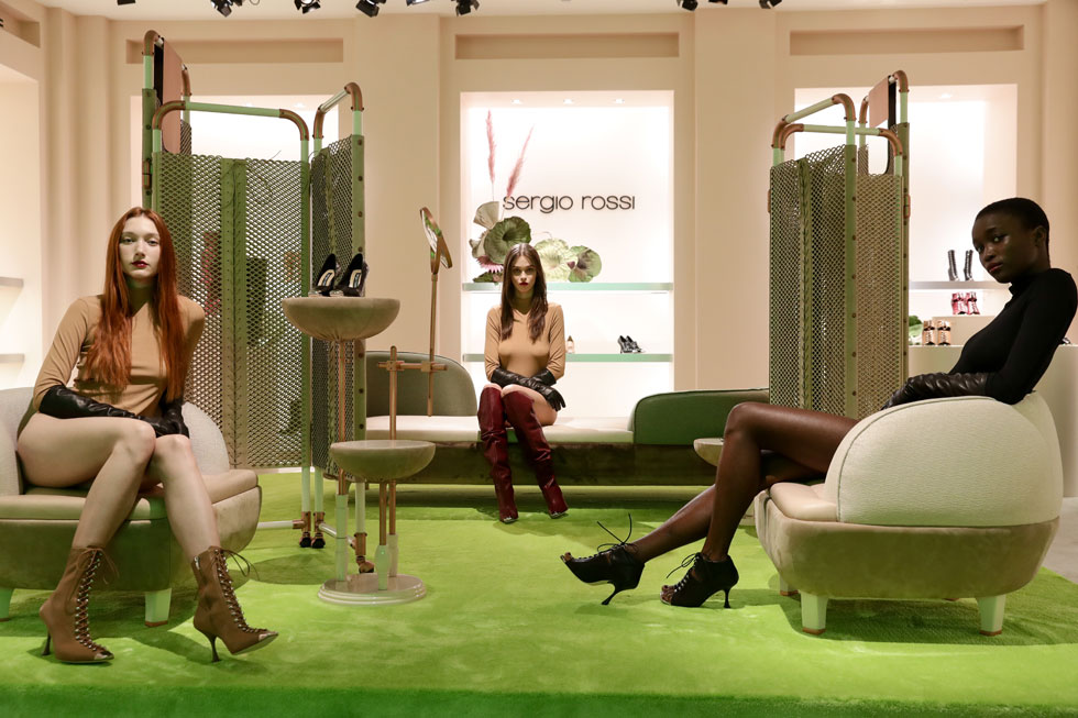 שבועיים לפני מותו של רוסי תרם בית האופנה 100 אלף יורו למאבק בנגיף הקורונה, בנוסף לתרומה של 100 אחוז ממכירות המותג אונליין. אף אחד לא שיער אז כי מייסד החברה יהיה לבסוף אחד מאלפי הקורבנות (צילום: Vittorio Zunino Celotto/GettyimagesIL)