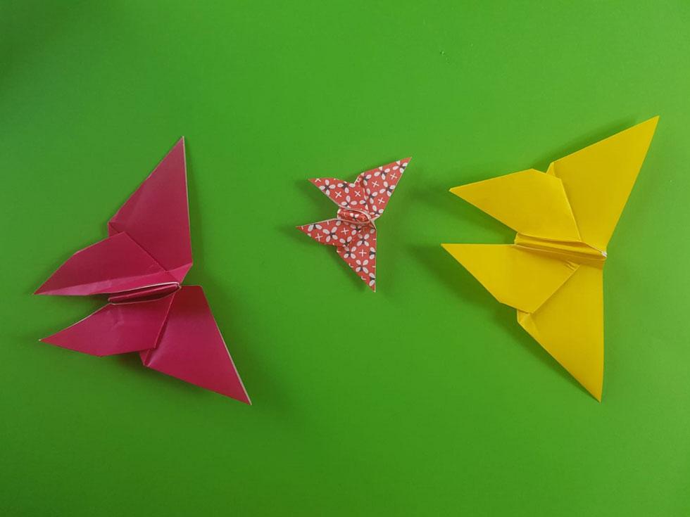 פרפרים, מכל מיני צבעים (צילום: מרכז האוריגמי)