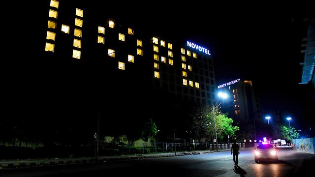 נגיף קורונה הודו מלון כיבוי אורות תקווה (צילום: AFP)