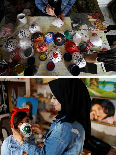המסכות מחולקות בחינם. דוראם קוראיק, סאמח סע'ד ותאמר דיב  (צילום: Reuters)