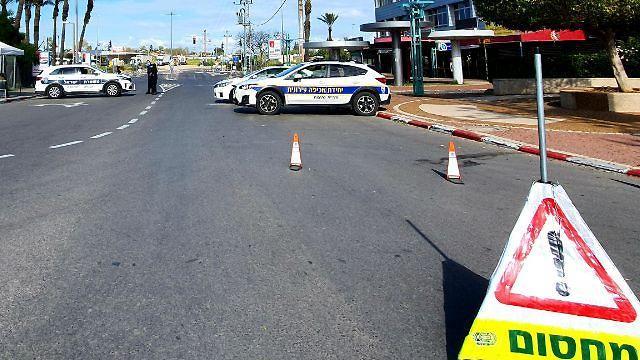 סגר בכבישים בנתיבות (צילום: רועי עידן)