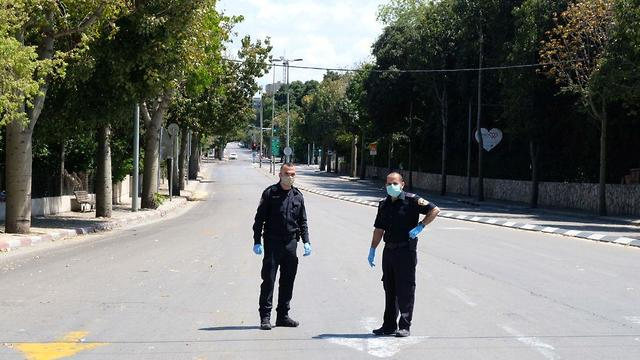 רחובות תל אביב ריקים בצל הקורונה (צילום: שאול גולן)
