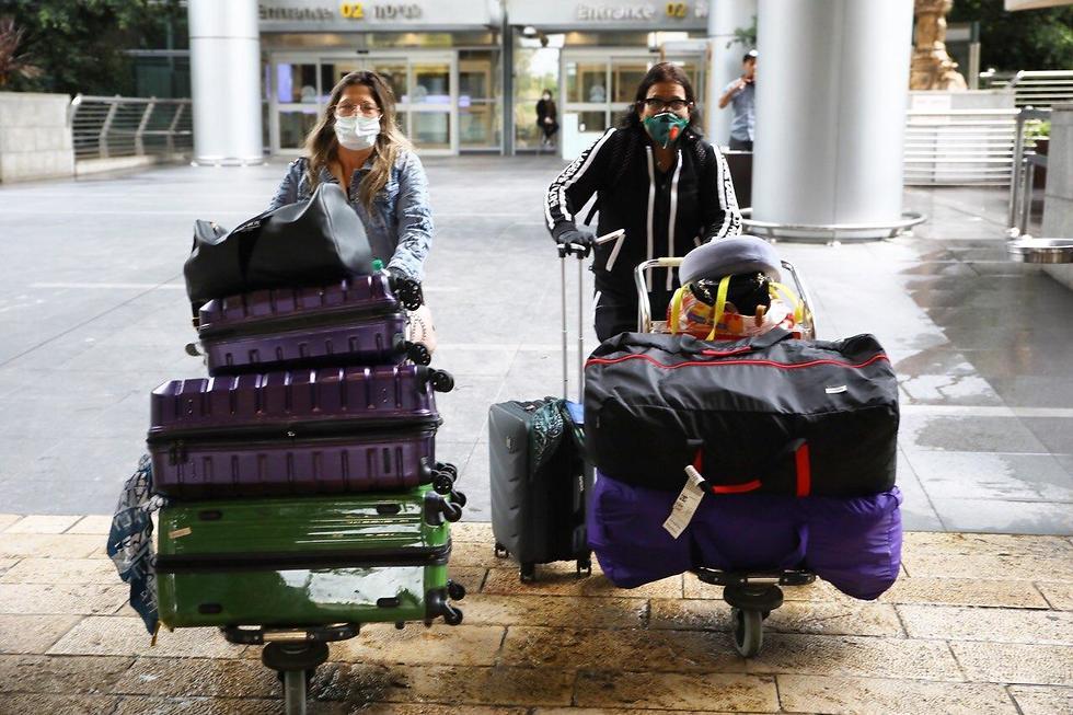 נוסעים מניו ג'רזי הגיעו לארץ (צילום: טל שחר)