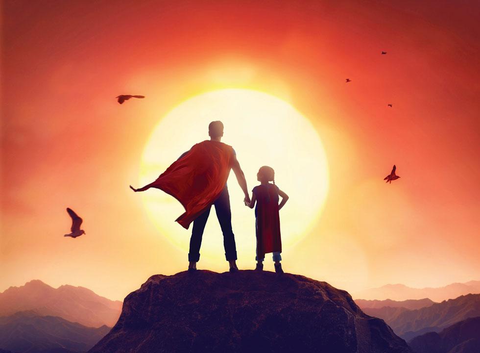 הורים רבים רוצים להבטיח לילדים עולם נטול דאגות וסכנות ולכן הם לוקחים על עצמם משימות רבות הנוגעות לחייהם (צילום: Shutterstock)