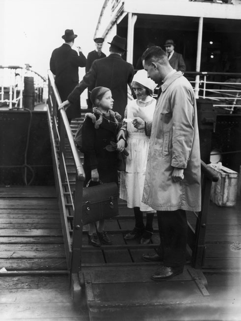על כל ילד הופקדה ערבות כספית, כדי לוודא שלא יהפוך לנטל על בריטניה (צילום: Fred Morley/GettyimagesIL)