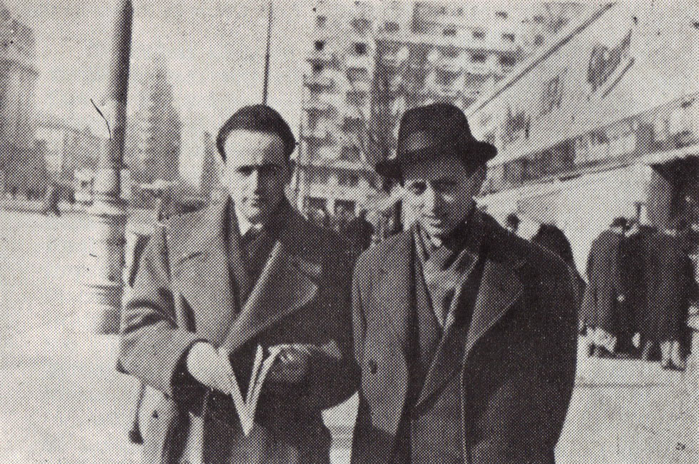 פאול צלאן (משמאל) עם הסופר הרומני פטרה סלומון, 1947. הוא כתב בגרמנית, אבל לא הסכים לגור במדינה שזוהי שפתה (צילום: wikipedia, cc)