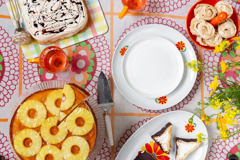 עוגות בטעם של פעם עם טוויסט רענן (צילום: יעל אילן, סגנון, נעמה רן)