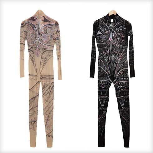 """""""שני בגדי גוף שאני לובשת להופעות בעיצוב בוגרת שנקר שי רוזנשטוק, שהכיר לי הסטייליסט איתי בצלאלי"""" (צילום: ענבל מרמרי)"""