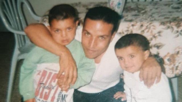 עומר סואעד עם בניו (באדיבות המשפחה)