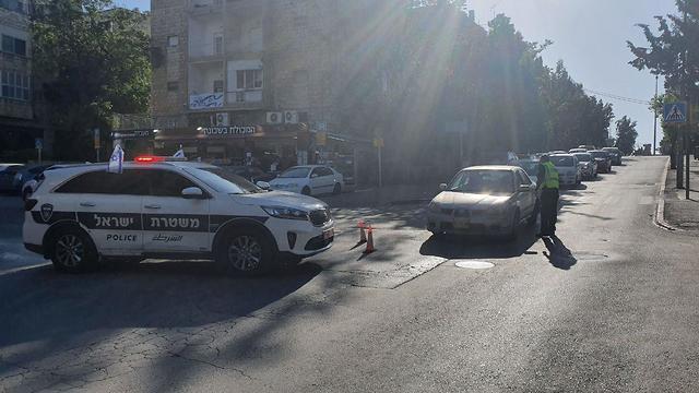 מחסומים של ההסגר בירושלים (צילום: אלי מנדלבאום)