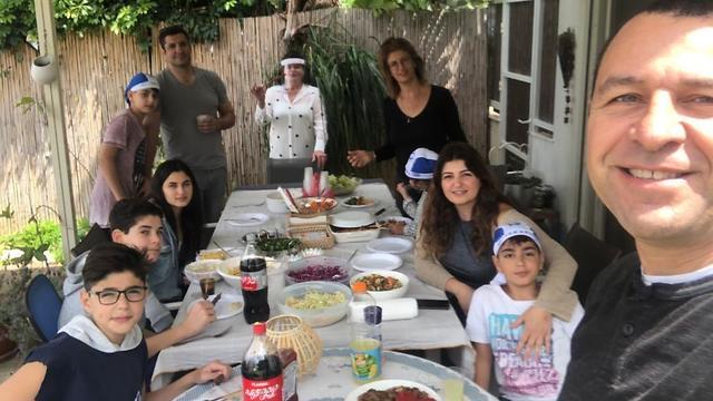 משפחות אליהו וטורמן חוגגות עצמאות (צילום: עמית אליהו)