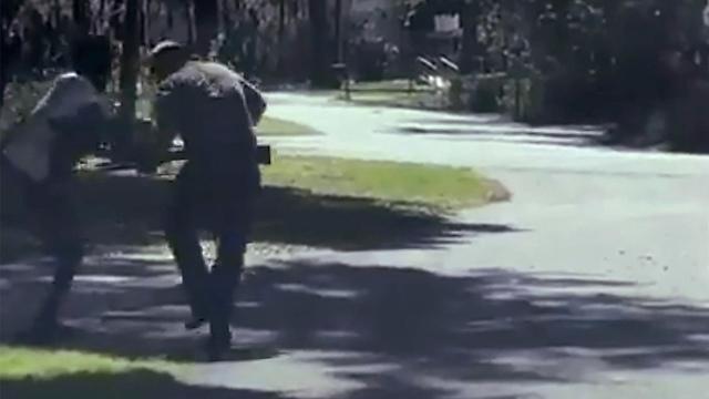 תיעוד ירי אמאד ארברי צעיר שחור נורה למוות ג'ורג'יה ארה