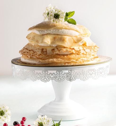 עוגת קרפים עם קרם מסקרפונה  (צילום: שרית גופן, סגנון: עמית דונסקוי)