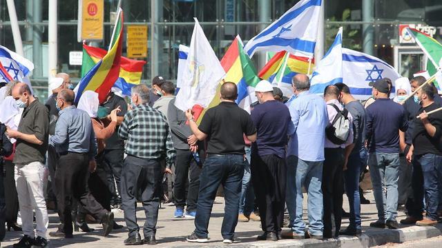 הפגנה של דרוזים וצ'רקסים בקריית הממשלה בתל אביב על הפסקת התקציבים מהממשלה (צילום: מוטי קמחי)