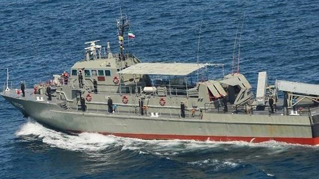 איראן מאשימה את ישראל בשרפה של ספינת קרב איראנית במפרץ עומאן 99600010990100640360no
