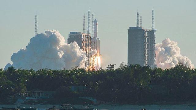 שיגור הרקטה בשבוע שעבר (צילום: AFP)
