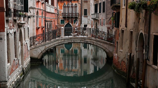 ונציה ריקה מ תיירים איטליה (צילום: AP)