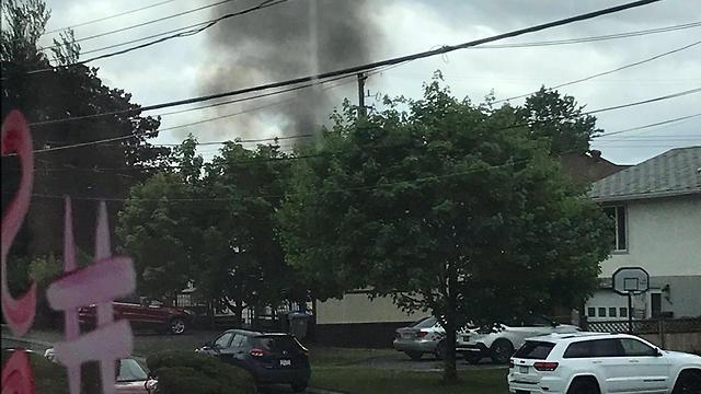 התרסקות מטוס אווירובטי בבריטיש קולומביה, קנדה (צילום: MikeGT79/Twitter)